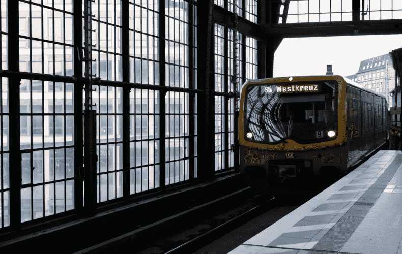 Study suggests low risk of infection in public transport