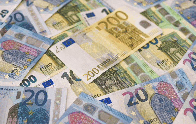 Financial assets rise to 200 trillion euros
