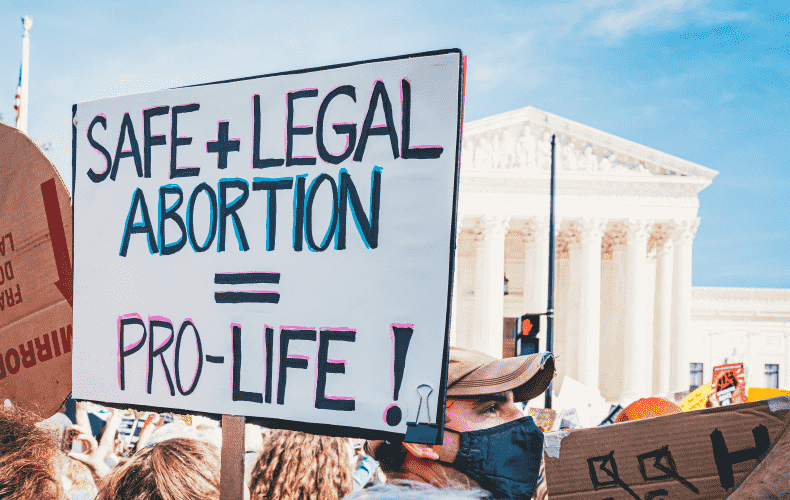 Abortions banned again in Texas after new ruling