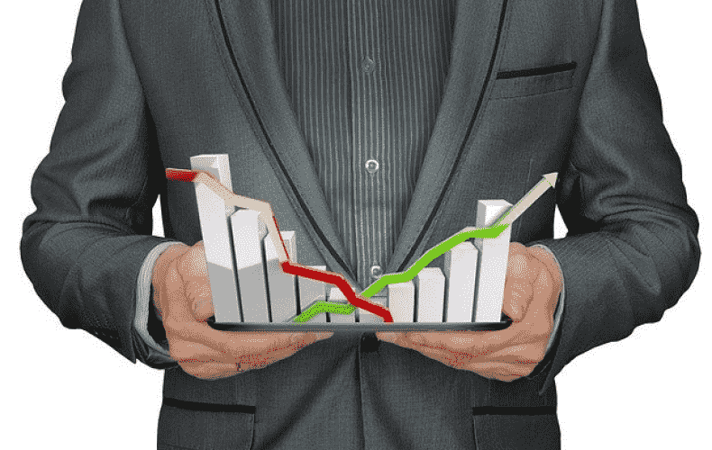 Leading economists significantly lower economic forecast for 2021